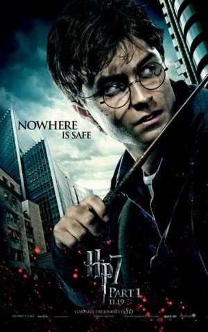 harry_potter_and_the_deathly_hallows_part_1_poster_daniel_radcliffe_01