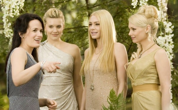 the-twilight-saga-breaking-dawn-part-1-movie-image-01-600x370
