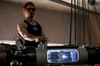 iron-man-2-movie-image-robert-downey-jr-600x399