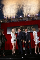 iron-man-2-world-premiere-hollywood-7-399x600