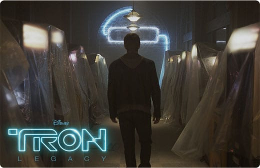 Tron Legacy movie image inside Flynns Arcade